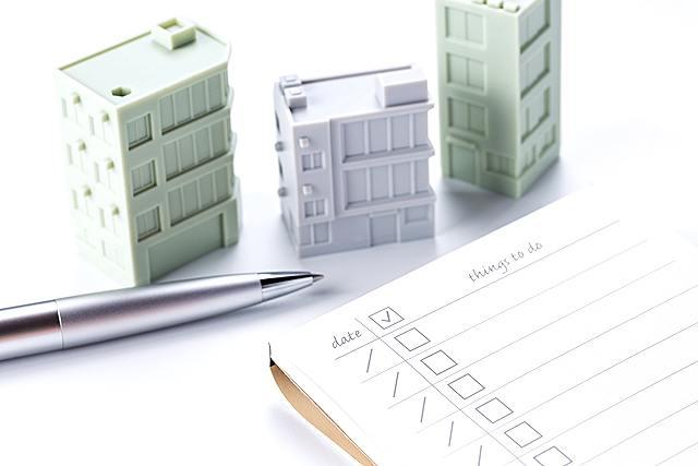 建築模型はどんな道具や材料を使うの?基本の道具や使う素材について